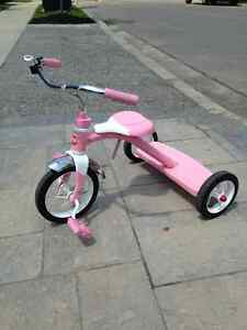 Tricycle - Classis Pink Radio Flyer for Girls