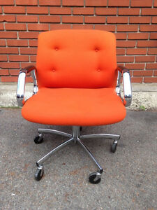Chaise Bureau Vintage Steelcase ORANGE!