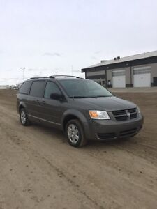 2010 Dodge Grand Caravan SE | LOADED | $6300