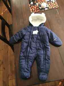 Gently used boys 3-6mth clothes and snowsuit Windsor Region Ontario image 1