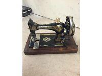 Vintage antique sewing machibe