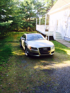 2010 Audi A5 Tan leather Coupe (2 door)
