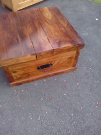 Solid Wood Trunk Coffee Table good condition