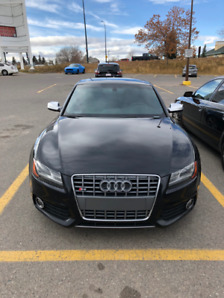 2010 Audi S5 premium plus. No accidents