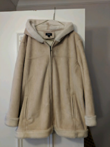Gorgeous Soft Sonoma Coat