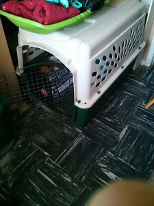 Small dog kennel and large dog kennel