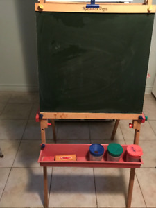 Melissa and Doug Standing Art Easel