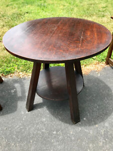 Vintage mission lamp table