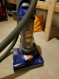 Bagless Vacuum for Cheap