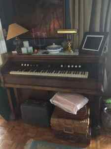 2 Peddle Organ