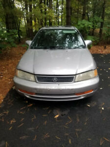 1998 Acura El - with winter tires, subwoofer, leather seats, AC