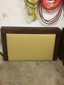 3' Tall Queen bed Head board MUST GO