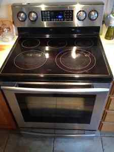 Samsung Flat Range Stove and Stainless Steel Convection Oven