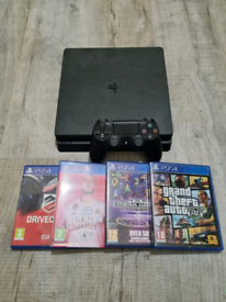 Playstation 4 slim 4 games