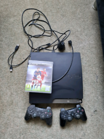 PlayStation 3. Fifa 16. 2 Controllers