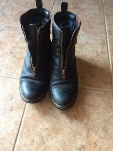 Ariat Size9  Paddock Boots Kawartha Lakes Peterborough Area image 1