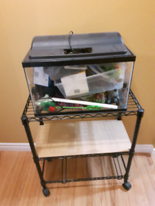 10 Gallon Fish Tank and Stand