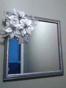 HANDCRAFTED CHRISTMAS POINSETTIA  MIRROR
