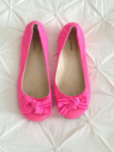 SPRING Pink Bow Flats Size 9 - $8.00!!!