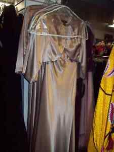 4 Identical Gold Bridesmade Gowns New