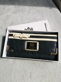 LYDC purse/ small bag-New!