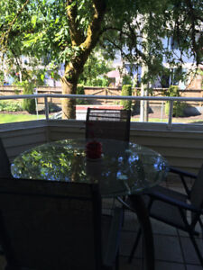Beautiful 3 bedroom, 2.5 bath 1,450 sq. ft. townhouse for rent i