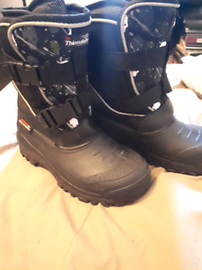 Size 5 Youth Winter Boots