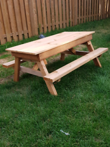 Chid size picnic table