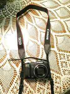 Canon Power shot SX160 IS with Canon neck strap