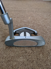 MAXFLI Spearpoint PUTTER 35 INCHES LONG Left Handed w/ Dunlop Cover