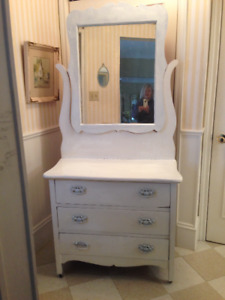 Beautiful Antique Solid Wood Dresser, with mirror, on original w