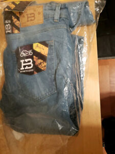 Brand New Armoured Stylish Motorcycle Jeans (size: 32W 30L)