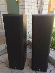 stereo and speakers