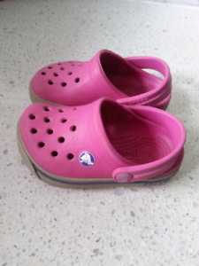 Crocs Girls Toddler Size 4/5