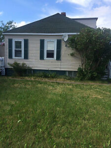 Home for Sale in Glace Bay!