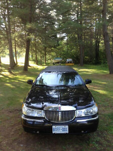 2001 Lincoln Limousine - REDUCED FOR QUICK SALE