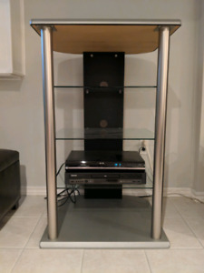 Media unit with glass shelving