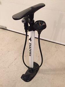 Pompe pour vélo Diadora neuve