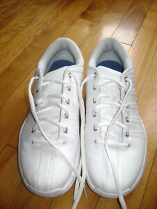 Souliers sport blancs homme 10.5