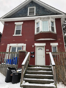 Great 2 Bedroom Unit Located Steps From Gage Park !