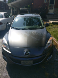 2011 mazda 3 GS. 177,000km. 6 speed manual transmission.