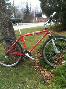 Bicycle specialized Shimano very nice 28 speed MTB $175