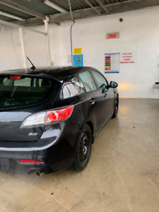 2010 Mazda 3 hatchback *trade for truck*