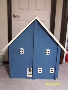 4 room/2 storey doll house