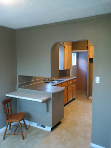 3BR Home - Why Rent an Apt???  $900 + Utils