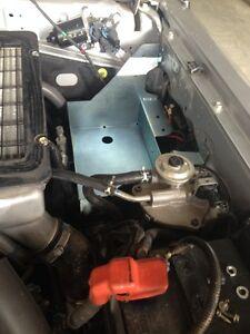 TOYOTA LANDCRUISER VDJ 76 78 79 SERIES ( ABS ) V8 DUAL BATTERY TRAY CODE 019