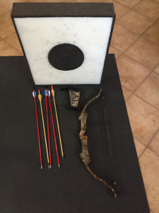 Golden Eagle Brave Junior Compound Bow Set