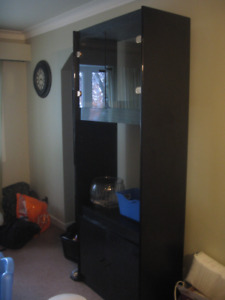 Free Wall Unit - very nice condition