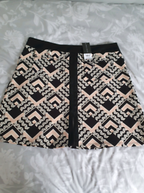 BRAND NEW Dorothy Perkins skirt