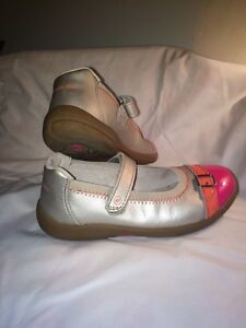 Stride Rite Girls Leather Shoes with Sensory Response Technology